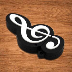 USB kľúč v tvare husľového kľúča